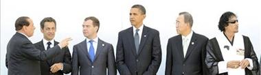 Berlusconi, Sarkozy, Medvedev, Obama, Ban Ki Moon y Gadafi