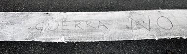 Paso de peatones en la confluencia de las calles López de Hoyos con Fenández de Oviedo